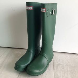 Hunter Matte Green Tall Boots